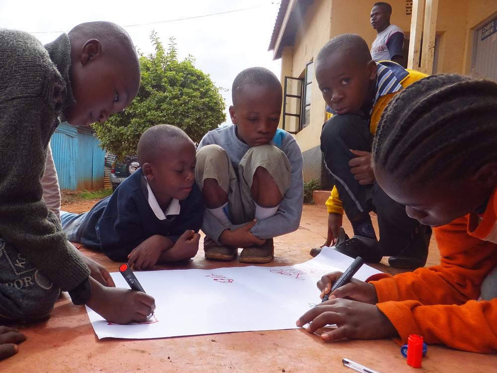 Children participating in the pilot (3), Kangemi, Kenya.  © Samuel Mbuto 2012 / ODI