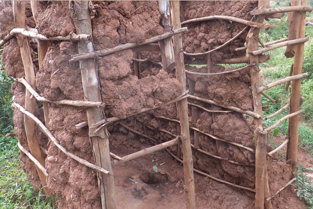 Temporary pit latrine.Budalangi in Busia, Kenya.  © Beryl Oyier 2012 / ODI
