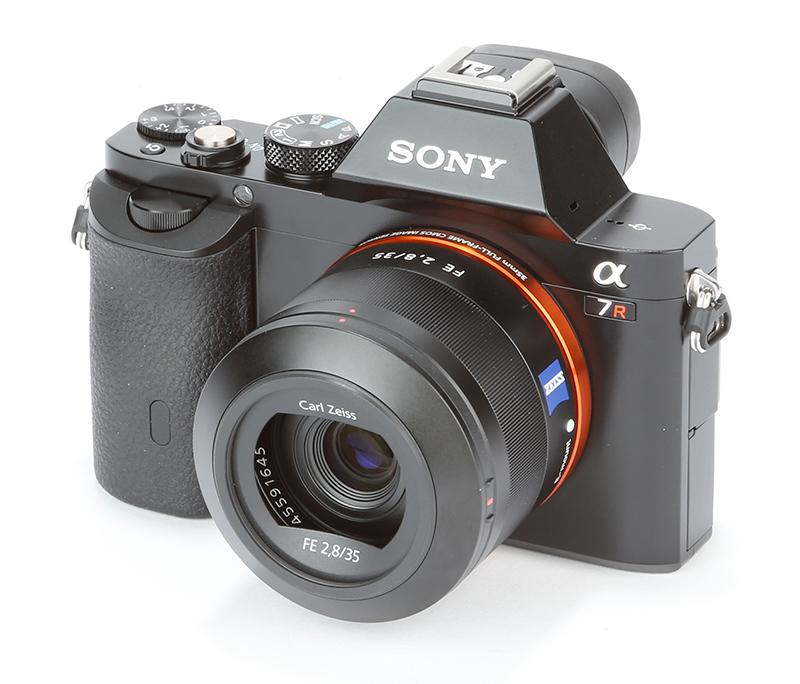 Sony_A7R_product_shot_12.jpg