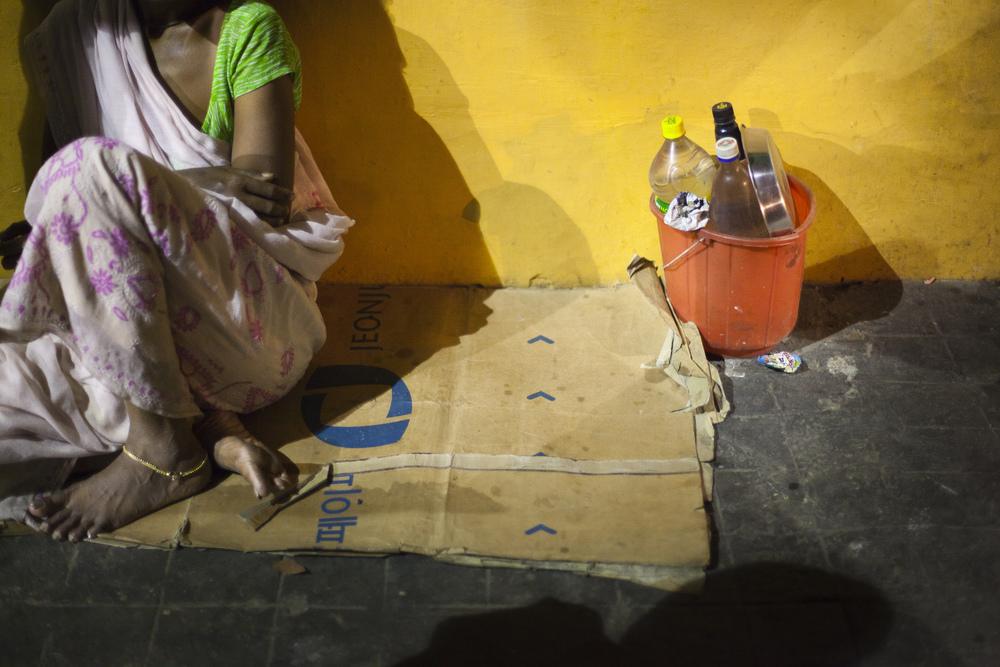 Kolkata pavement dweller at night.