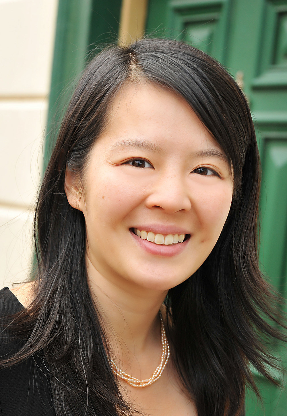 Evelyn Chan (Victoria & Hertford 2011)