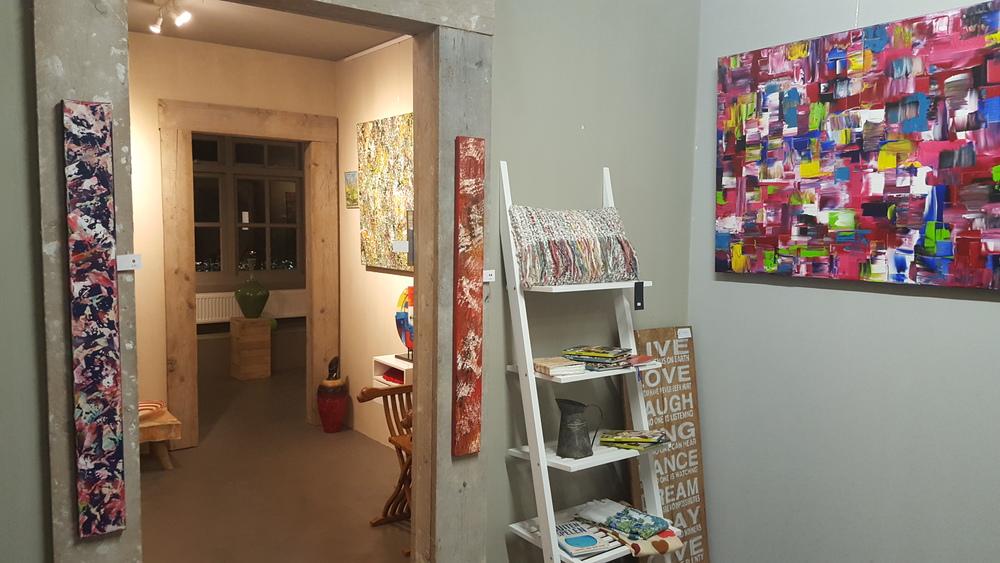 kijkje in de galerie (boven)