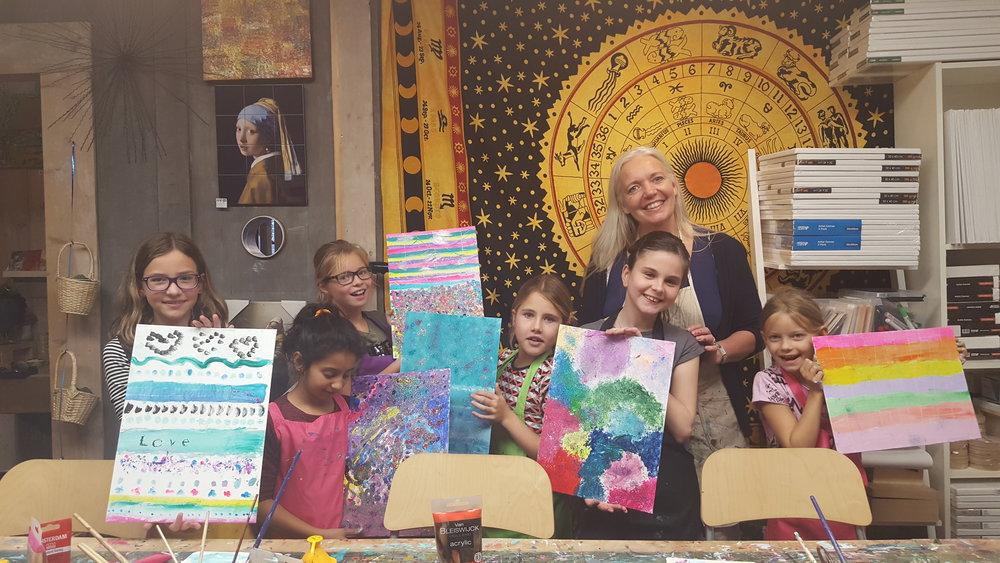 Kinderfeestje: abstract schilderen, top resultaat!