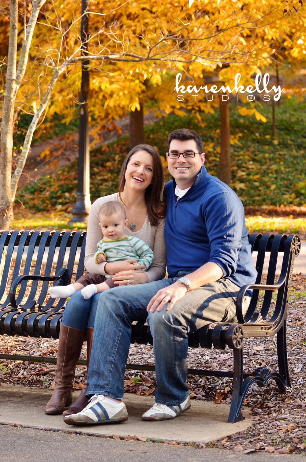 karen kelly studios - fox family mini session4fb.jpg
