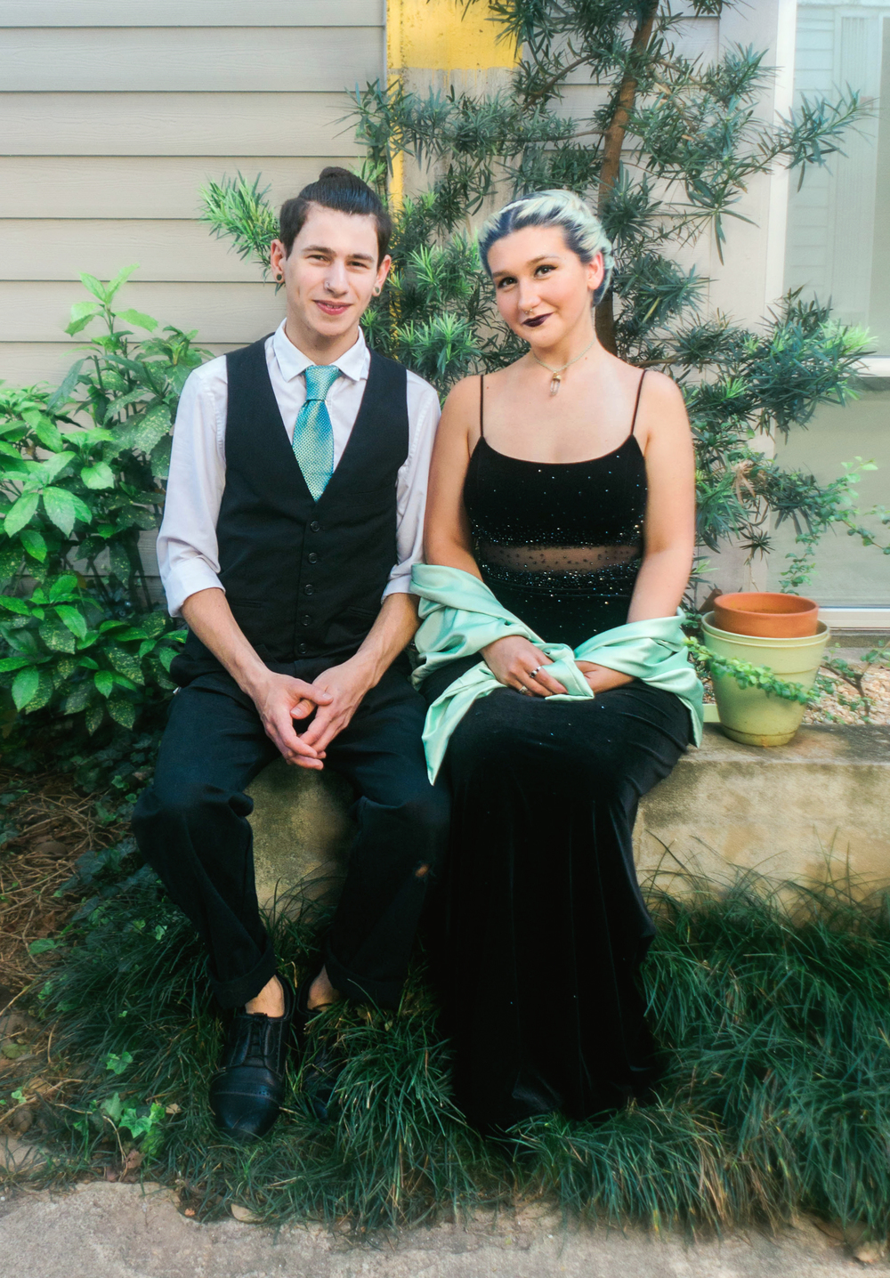 Karen Kelly Studios -Prom2016 - Skylar and Emily01.jpg