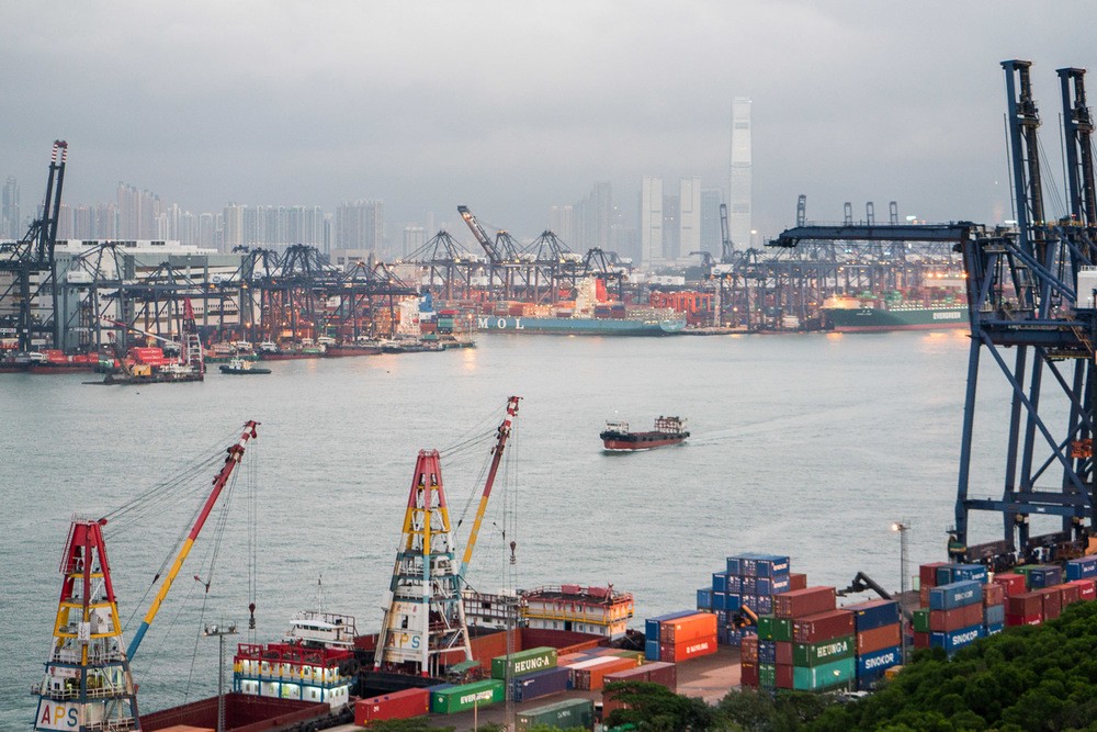 Container-port-hong-kong.jpg