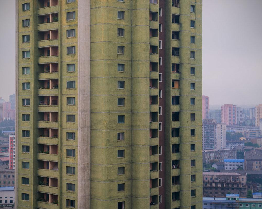 Pyongyang-vintage-socialist-architecture-15.jpeg