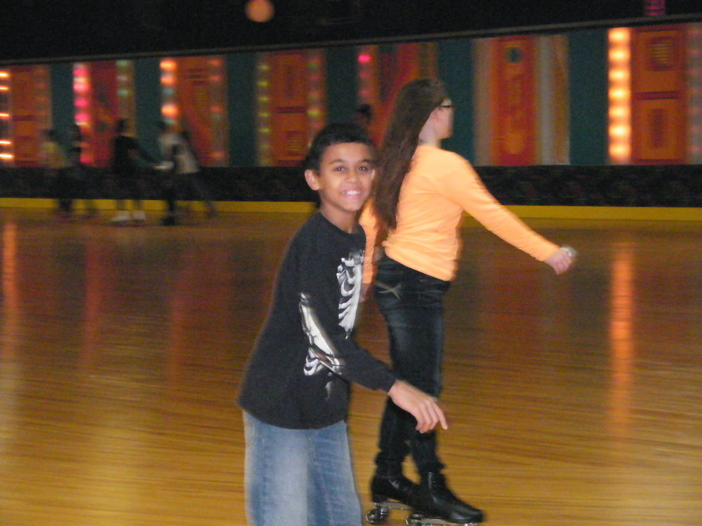 Youth Group Skate Jan 2012 013.jpg