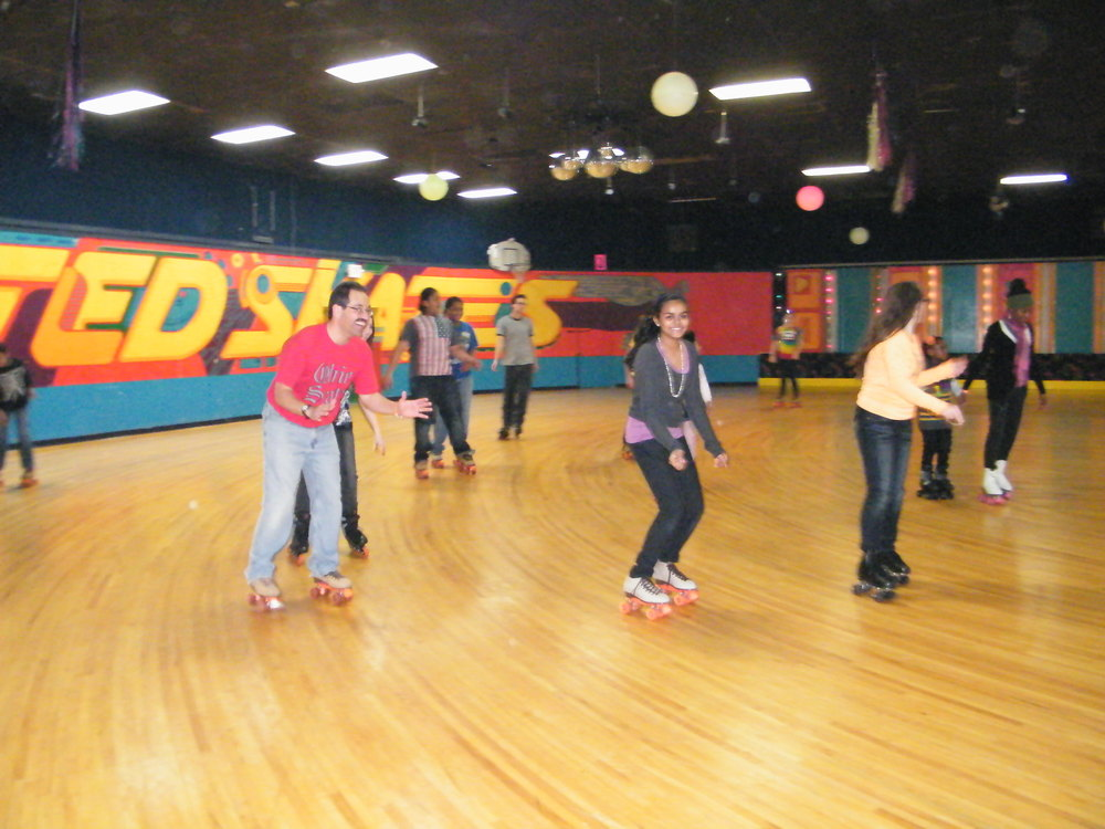 Youth Group Skate Jan 2012 015.jpg
