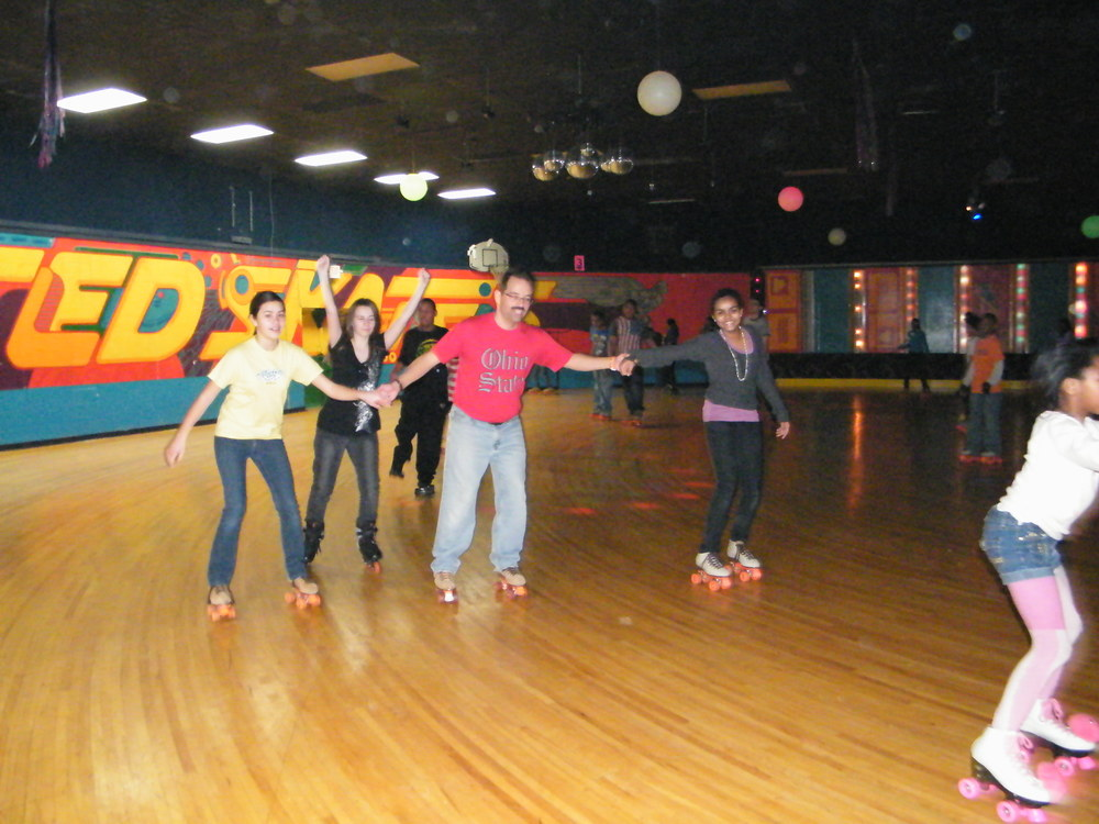 Youth Group Skate Jan 2012 016.jpg