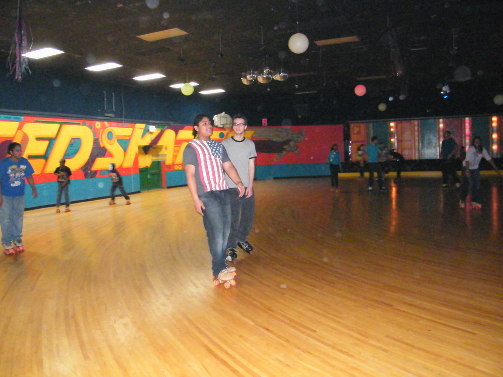 Youth Group Skate Jan 2012 017.jpg