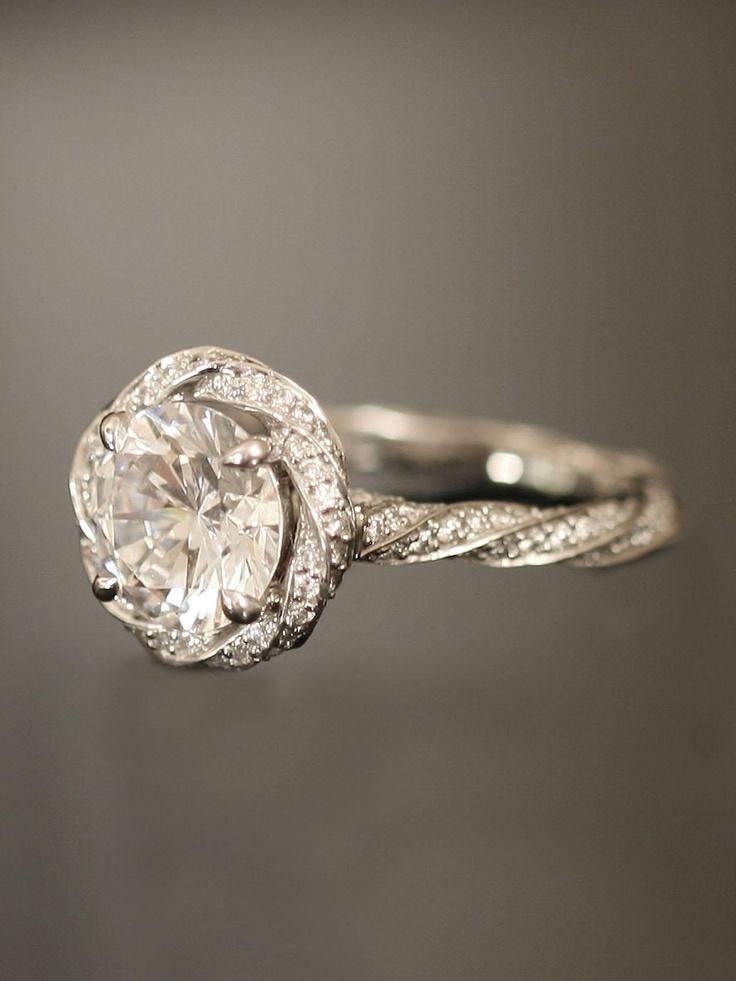 Photo courtesy of London Jewelers.