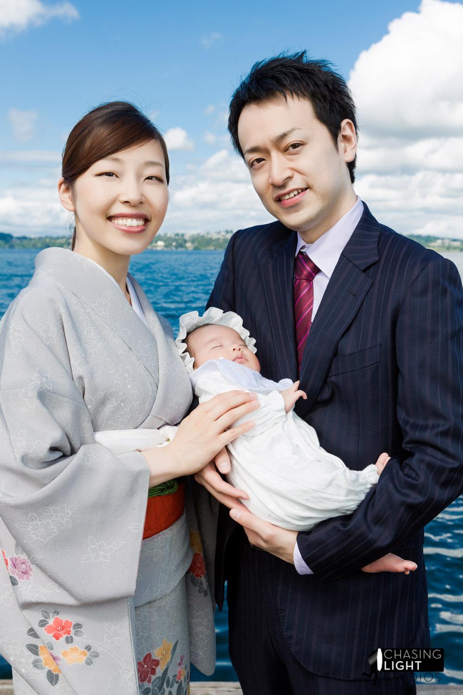 portrait-couple-baby-lake-washington