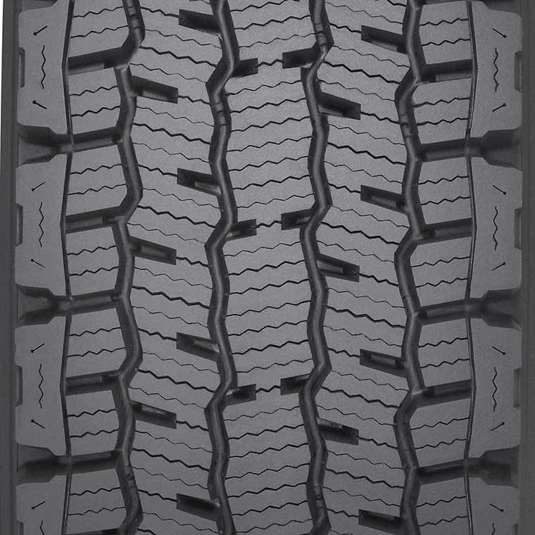 Michelin XDN2    Line Haul Drive Tire