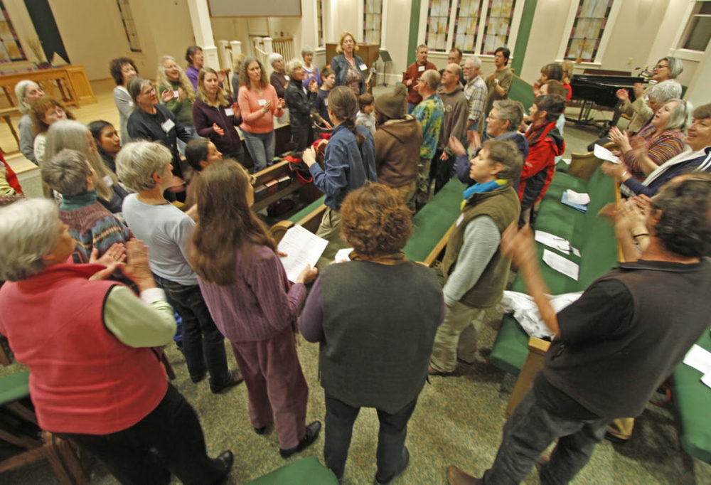 Free Range Folk Choir 2011.jpg