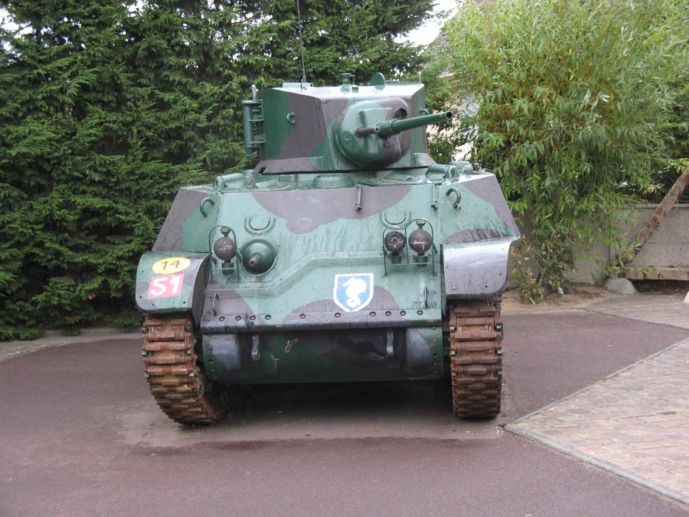 Le Grand Bunker tank