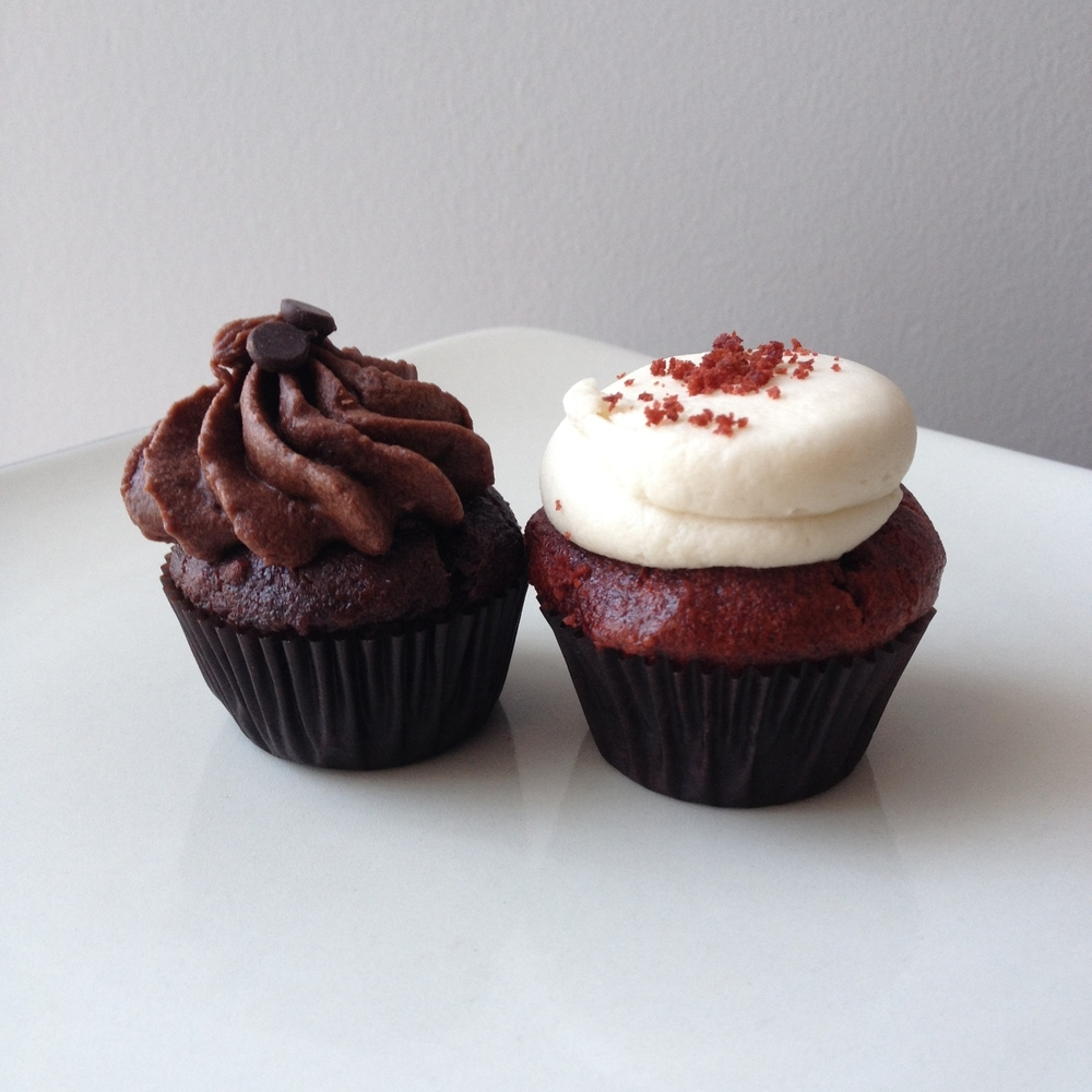 Chocolate and red velvet mini cupcakes from Bunner's