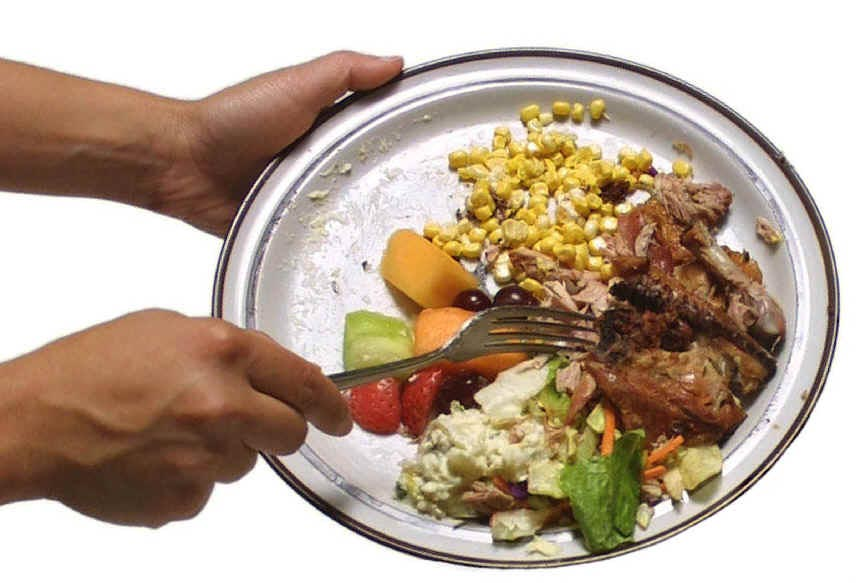Help reduce food waste and feed people not landfills by rethinking how you manage leftovers.