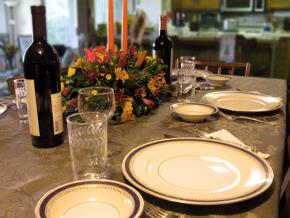 Holiday gatherings can be some of the most wasteful events of the year. Make yours better by using reusable place settings and natural décor.