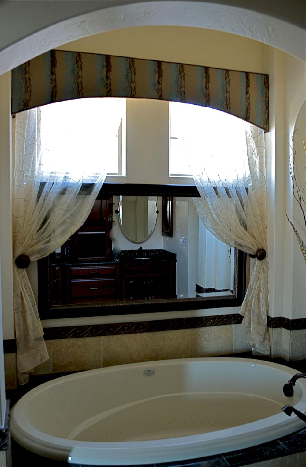 custom-drapery-colorado-springs-bathroom-4.jpg