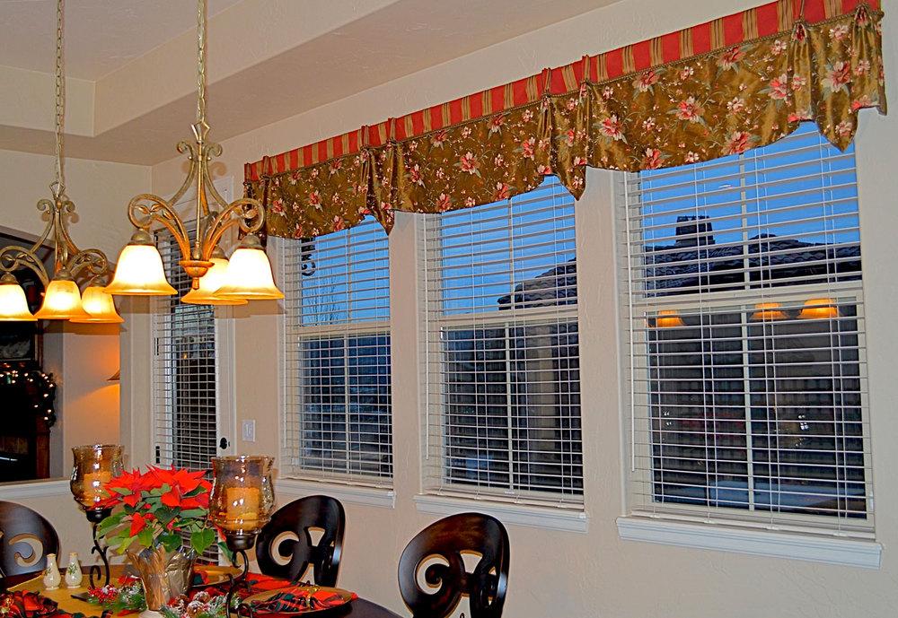 custom-drapery-colorado-springs-dining-room-floral-red-brown.jpg