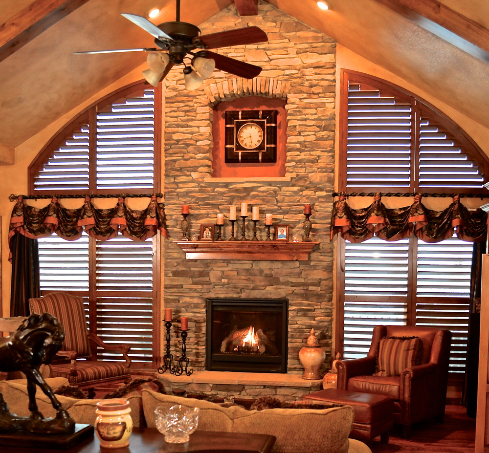 olorado Springs ustom and Model Home Interior Design and Drapery - ^