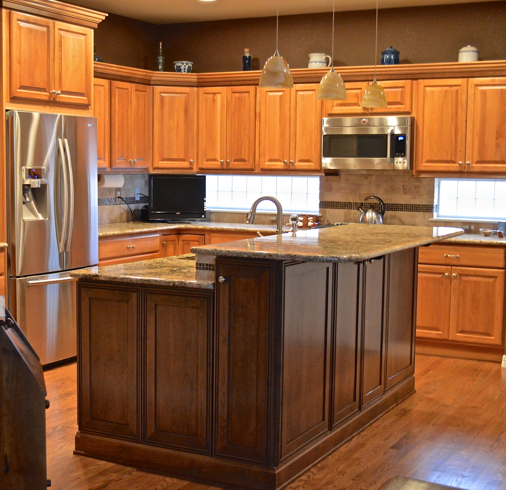 Kitchen Remodel AFTER, Entire Island replaced in contrasting wood color to existing kitchen