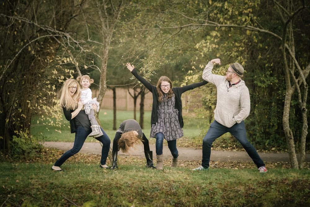 Crazy Family 1.jpg