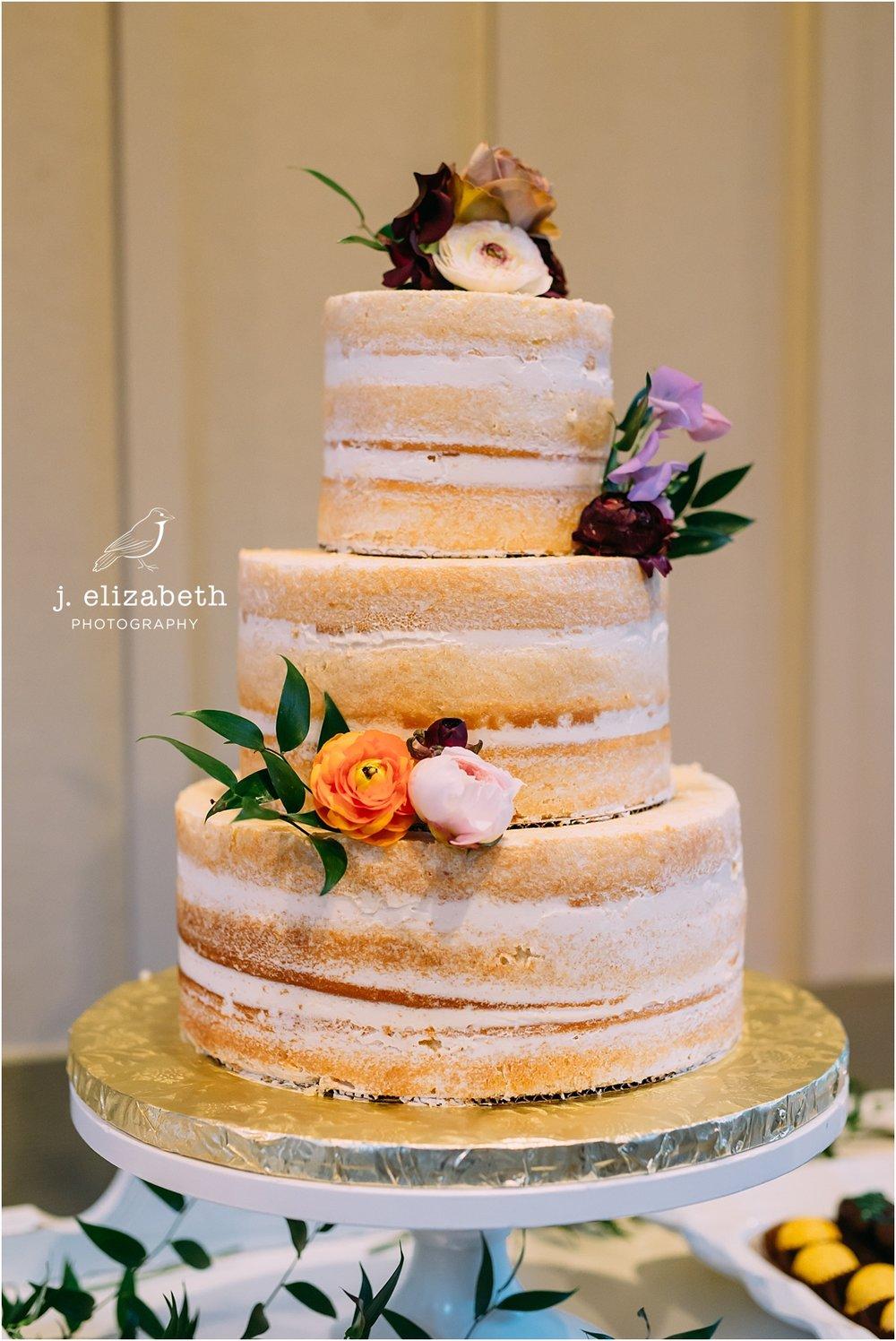 style altard naked cake