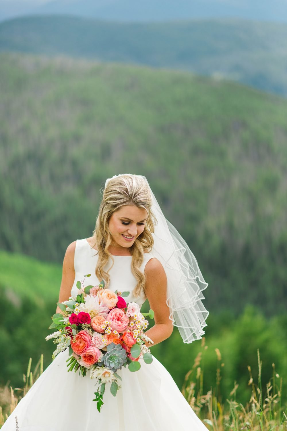 Flowers by Lace and Lilies, summer bold and colorful bridal bouquet, mountain wedding
