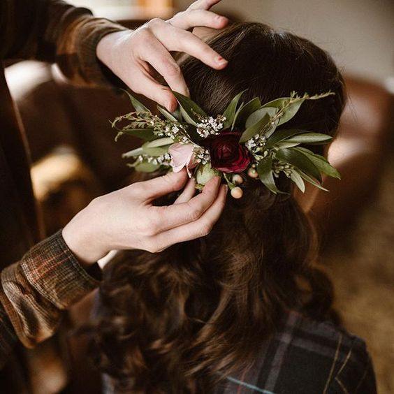 Flowers by Lace and Lilies, burgundy hair comb, spray rose, hypericum berry, hair flowers, greenery, weddings, winter wedding, colorado elopement