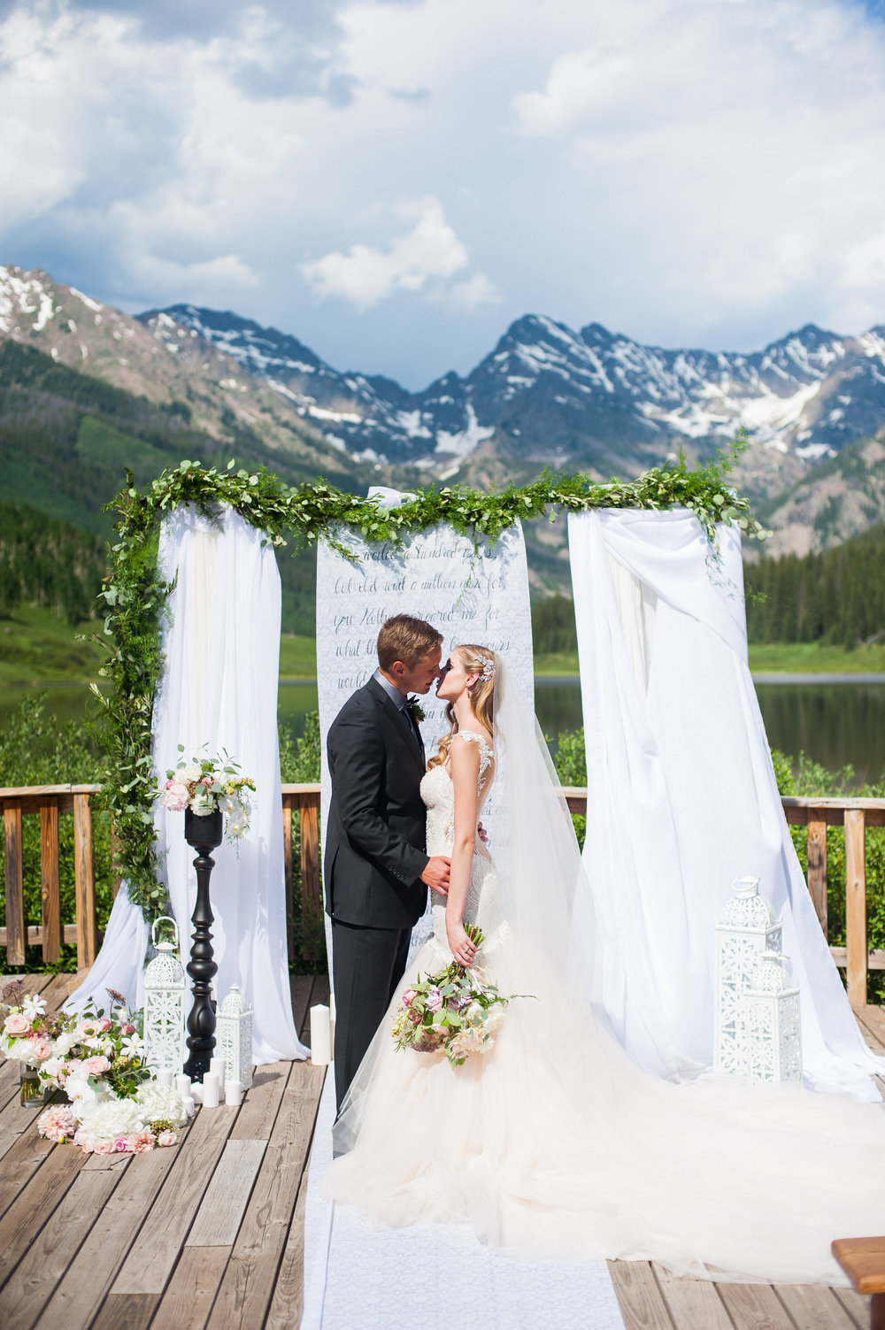 Flowers by Lace and Lilies, Marys Lake lodge, mountain wedding, colorado wedding, ceremony garland, bridal bouquet, ceremony fabric, piney river ranch, vail wedding