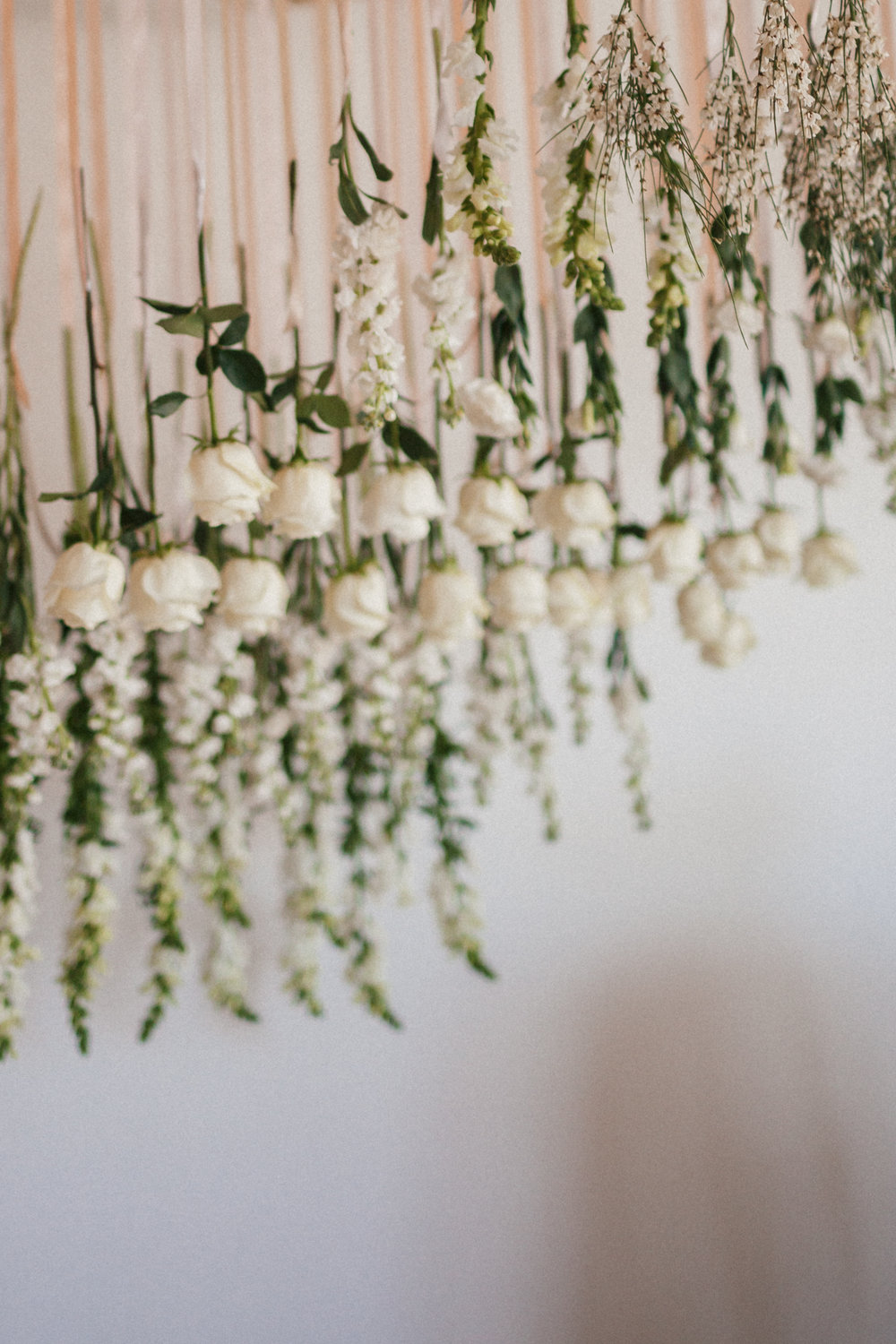 Flowers by Lace and Lilies, blanc denver, denver wedding,  mountain wedding, colorado wedding, hanging flowers,
