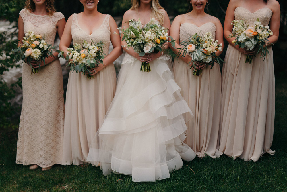 Flowers by Lace and Lilies, peach wedding flowers, bridal party, bridesmaids, cream bridesmaid gowns
