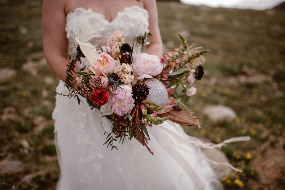Flowers by lace and Lilies, elopement photography, bridal bouquet, burgundy and blush flowers, wedding flowers, colorado wedding