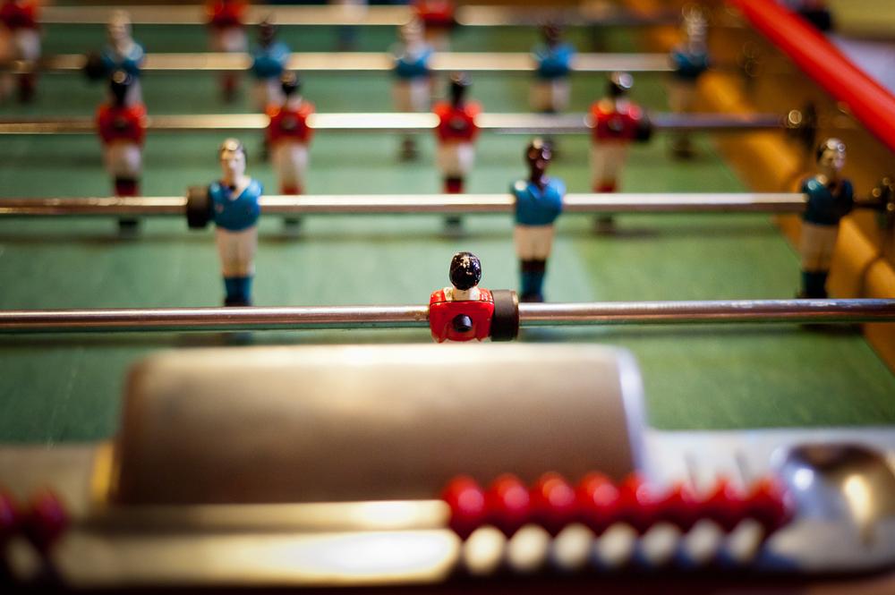bar-kick-0605.jpg