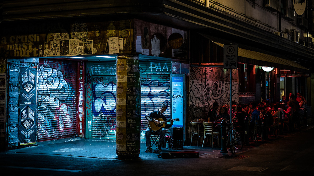 Melbourne laneways at night