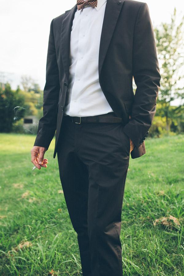 Carlos iba vestido como un auténtico dandy.