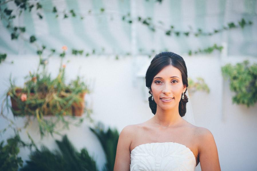 Cynthia, una belleza de novia, con una mirada serena que nos impedía dejar de hacerle fotos.