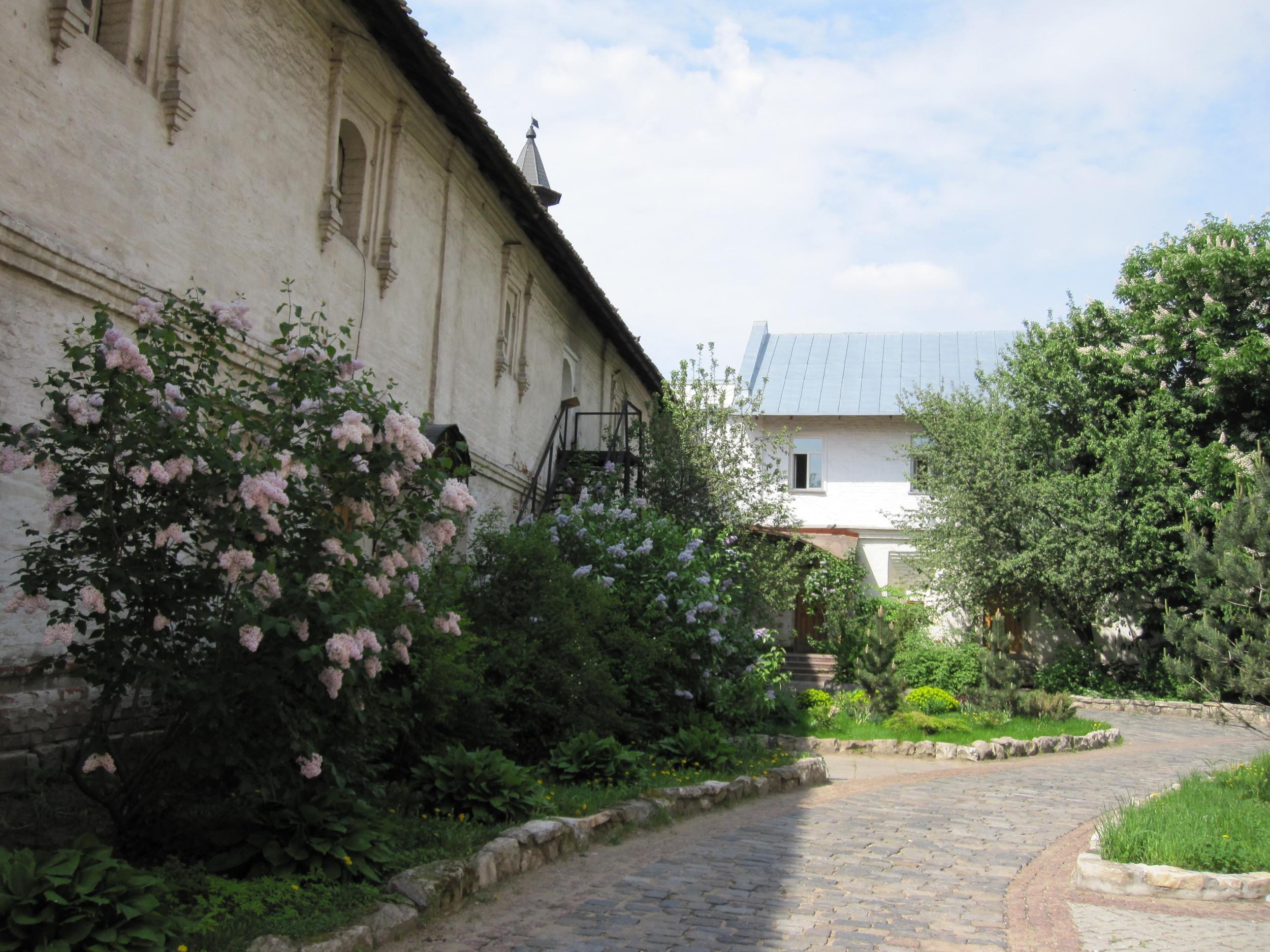 corner-of-convent-garden