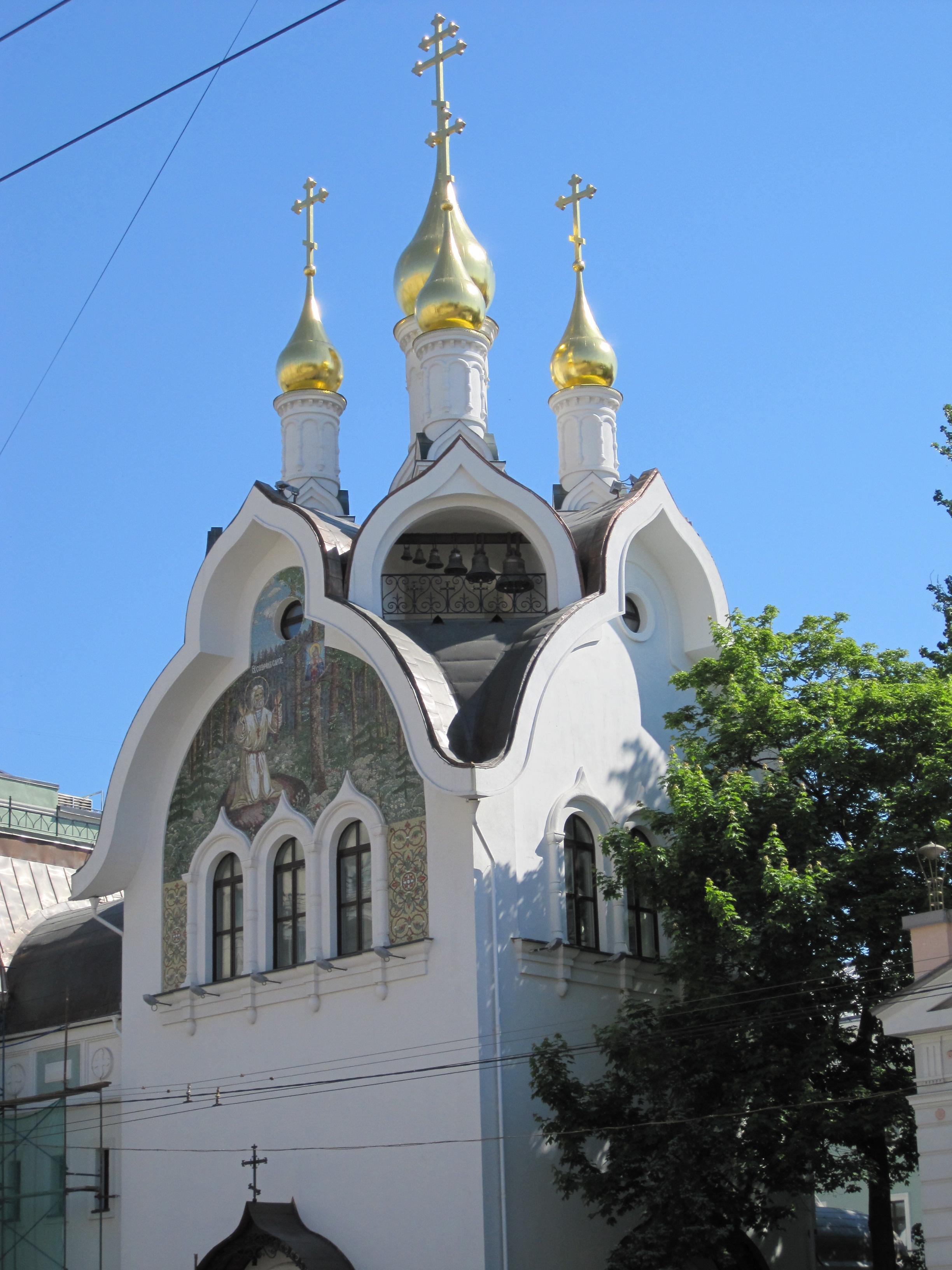 newly-restored-church-on-prospektmira