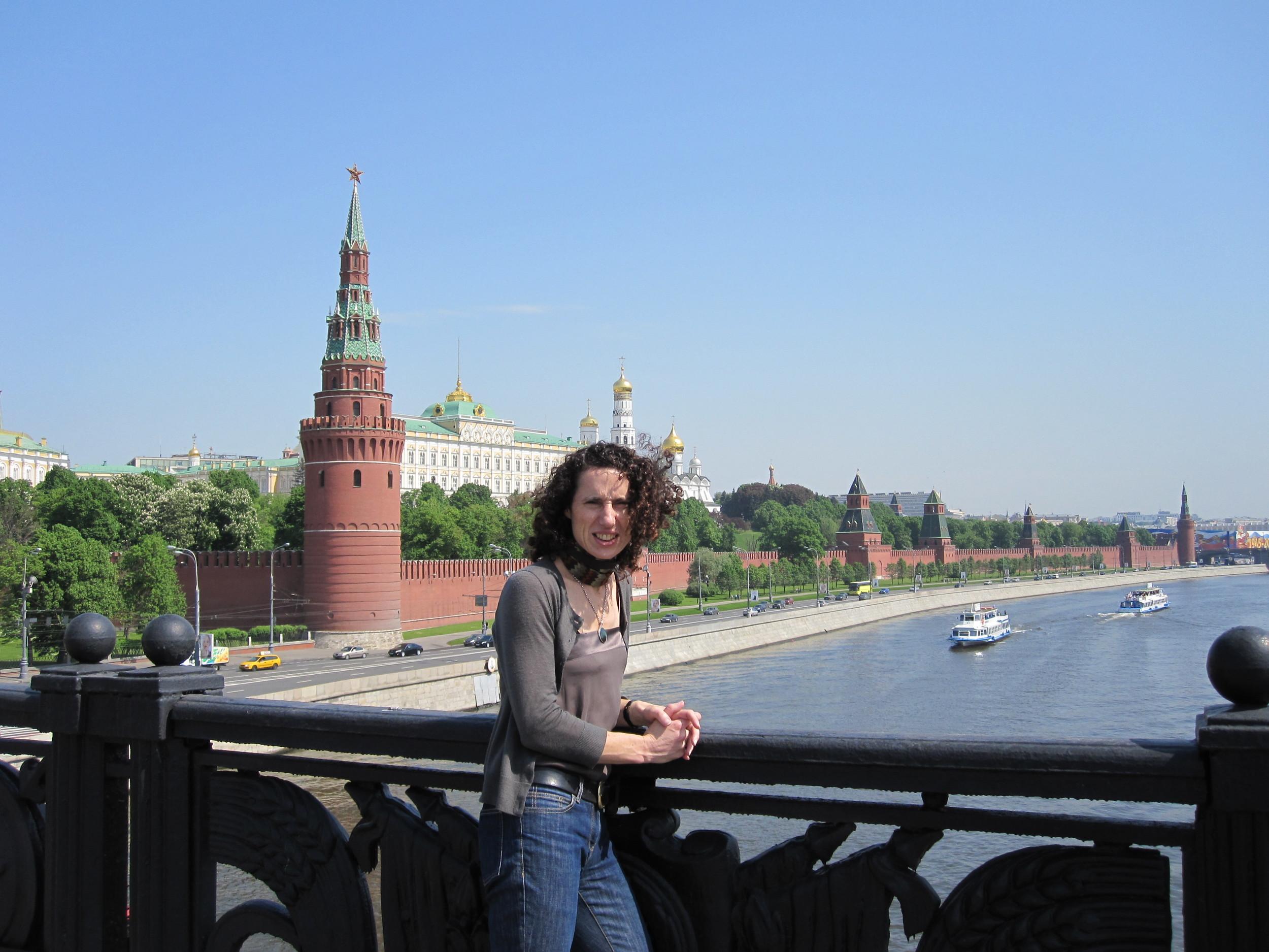 pen-kremlin-moscow-river