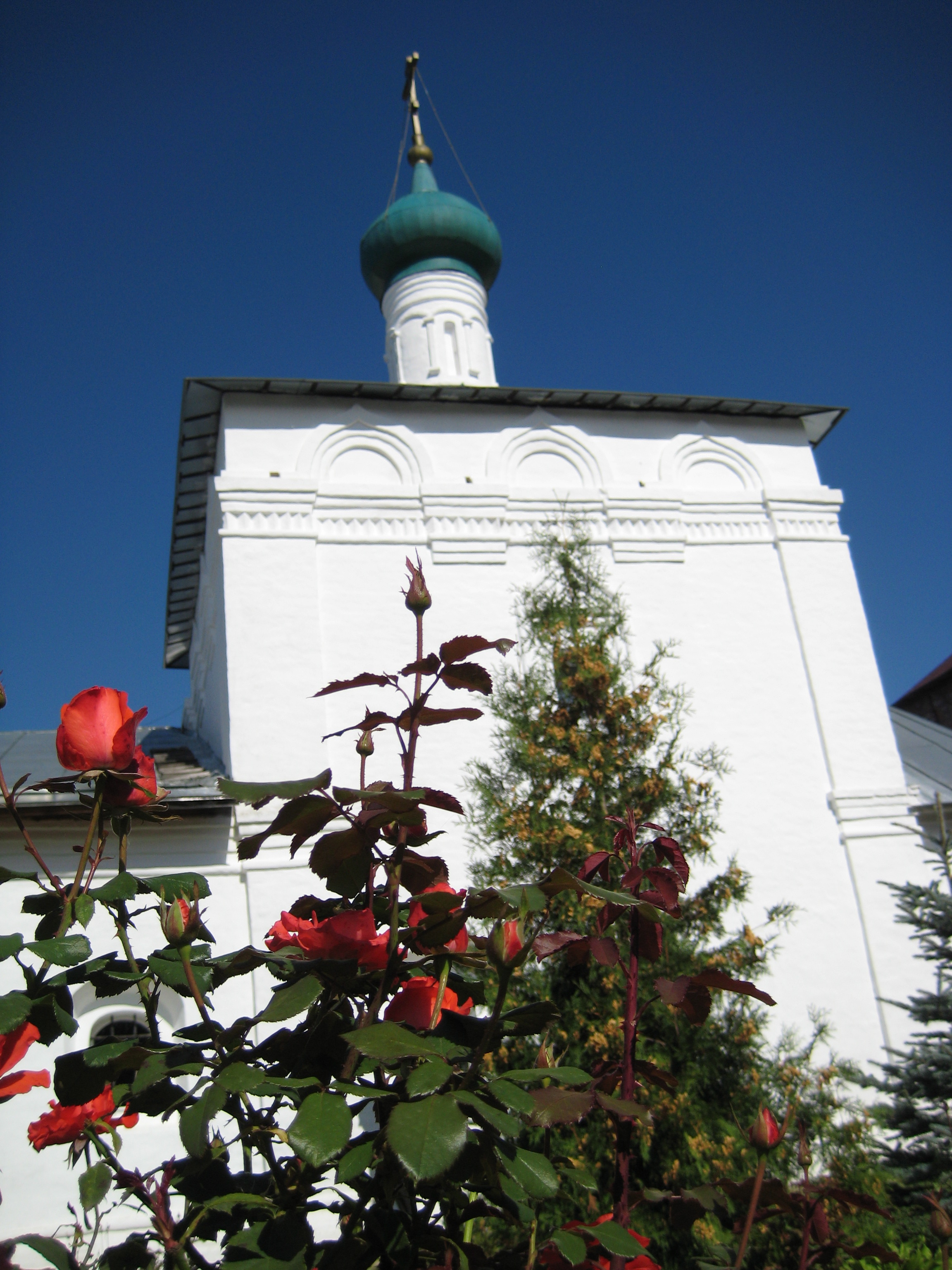 rose-garden-and-elijah-church