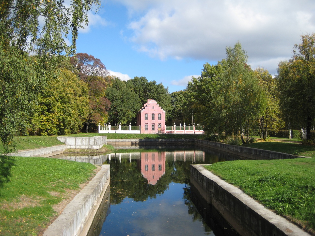 dutch-house-at-kuskovo