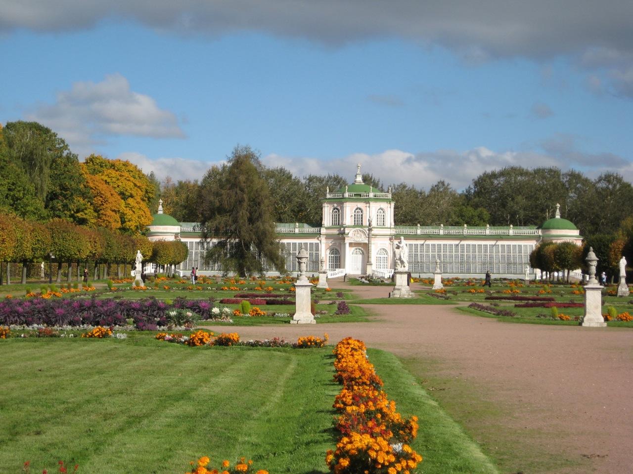 formal-garden-and-orangery-at-kuskovo