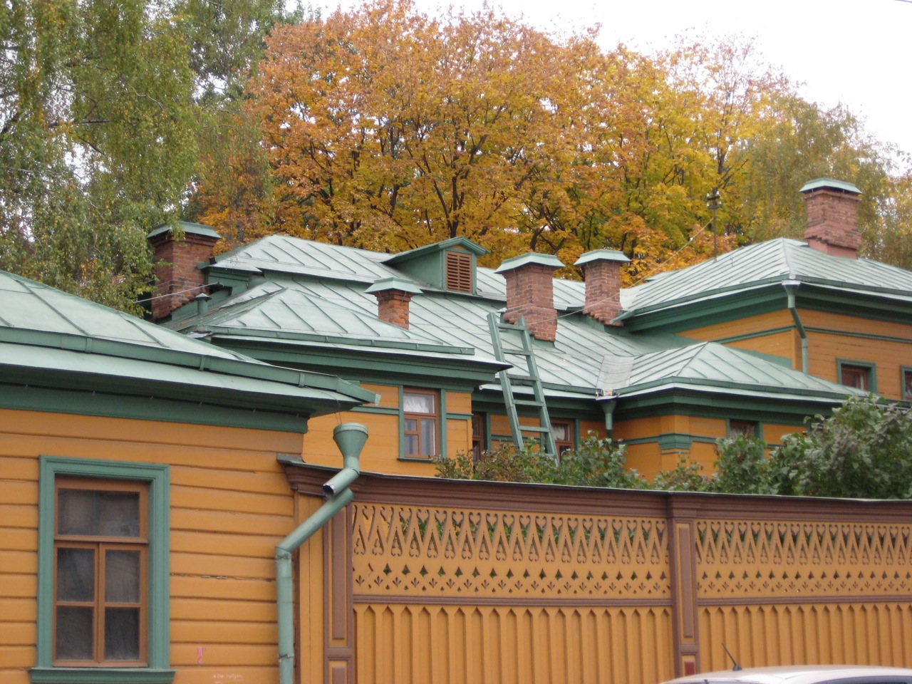 landmark-of-the-week-tolstoys-house