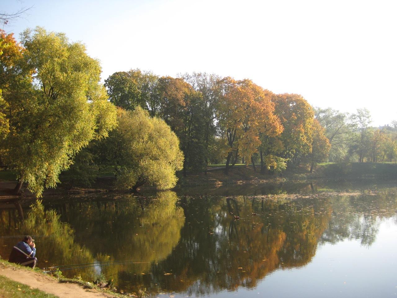 pond-in-lefortovo-park