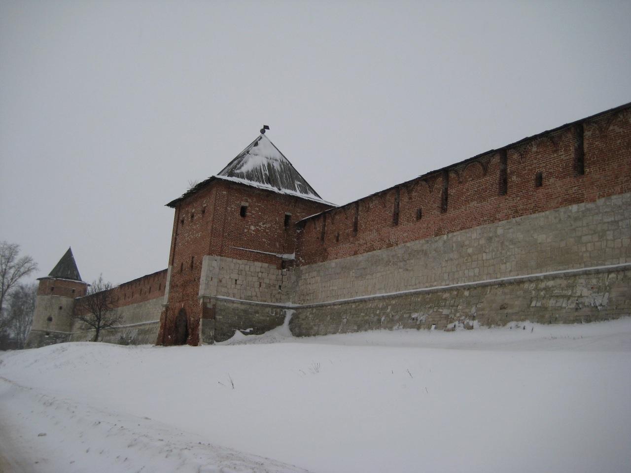 zaraisk-kremlin-walls