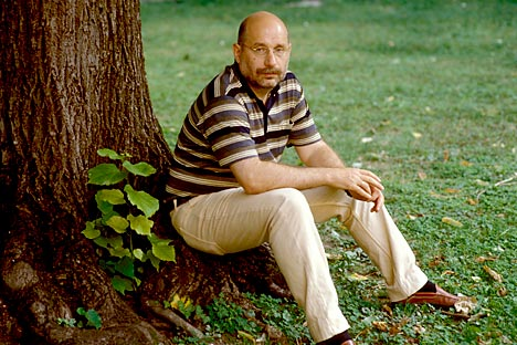 Russia's prominent writer Boris Akunin. Source: Leemage / East News