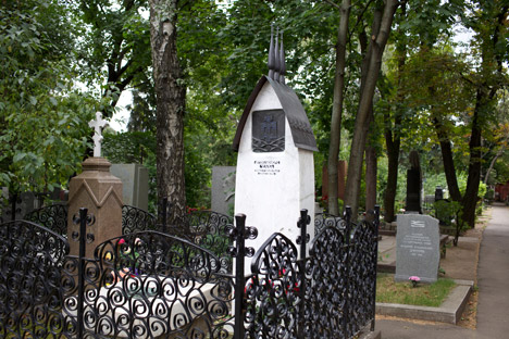Chekhov was buried next to his father at the Novodevichy Cemetery. Source: Lori/Legion Media